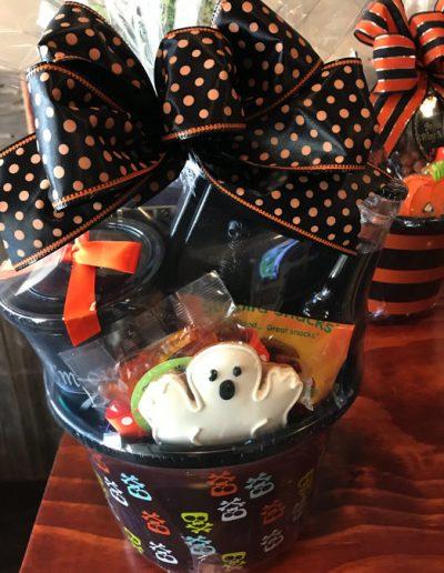 haloween-gift-basket-6-576x675-1